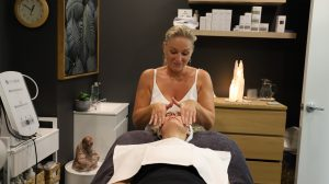 northern beaches beauty therapist